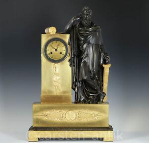 Empire-Bronze-Pendule-1810-des-antiken-Arztes-Hippokrates-Picnot-Pere-a-Paris