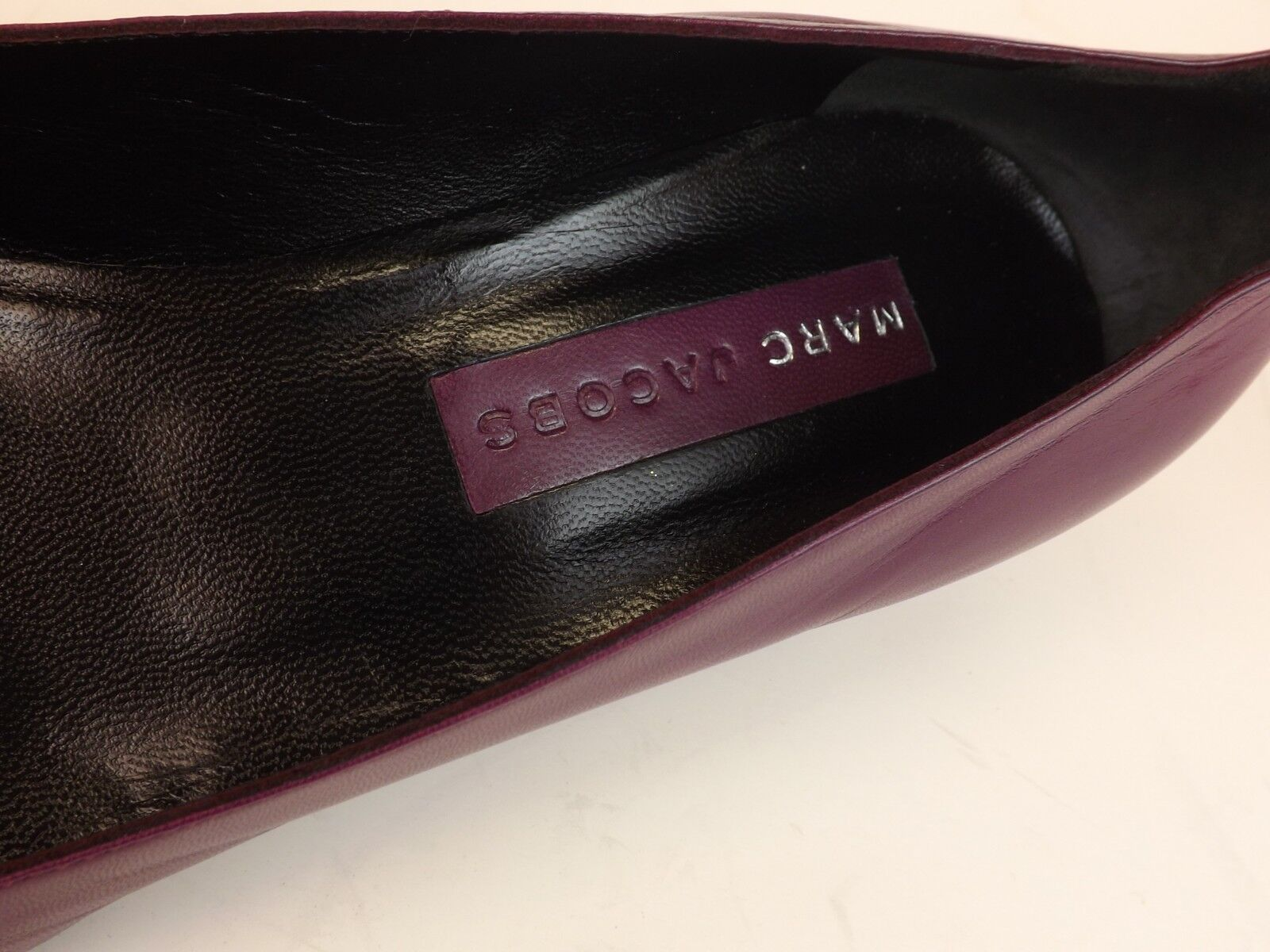 NEW MARC JACOBS PLUM LEATHER POINTED HEELS TOE BUTTONS KITTEN HEELS POINTED PUMPS 8 ITALY 281f10