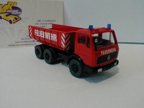 """Wiking 0624 03 MB SK /"""" Feuerwehr Schuttwagen /"""" Baujahr 1973 in rot 1:87"""