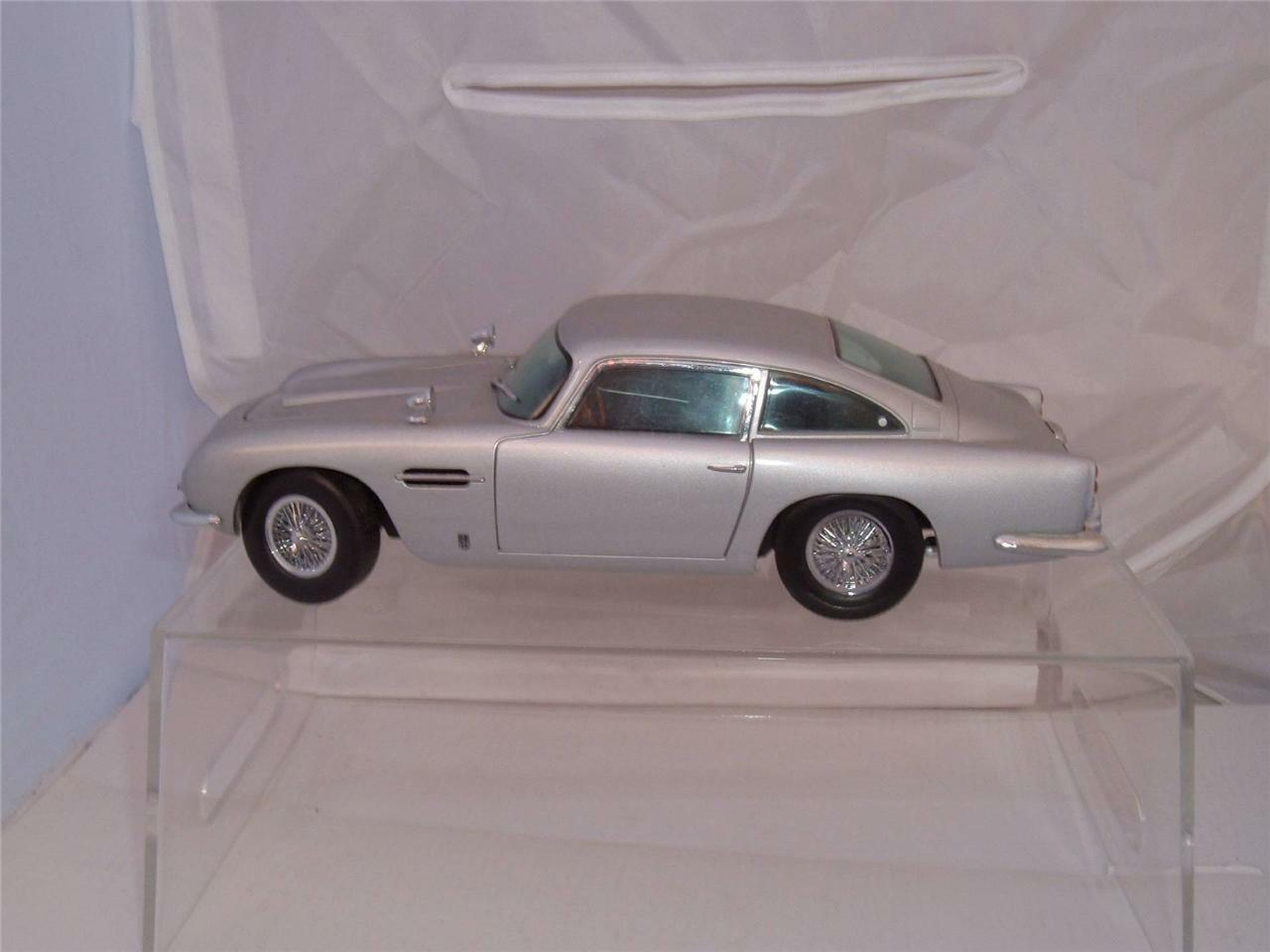 SUN STAR 1 18 SCALE 1963 ASTON MARTIN UNBOXED USED CONDITION PLEASE STUDY PICS