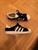 Sneakers, Adidas, str. 43, Sort, Ruskind, De er