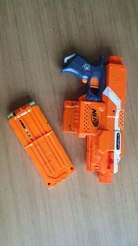 Våben, Nerf strikegun med magasin, Nerf