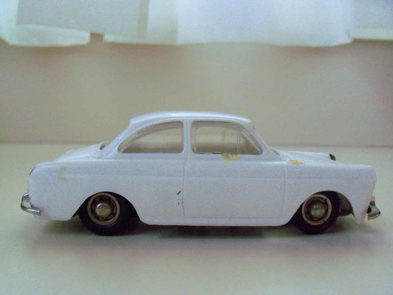 Deutsch - dux - wind-up - vw 1500 coupé - kunststoff - körper