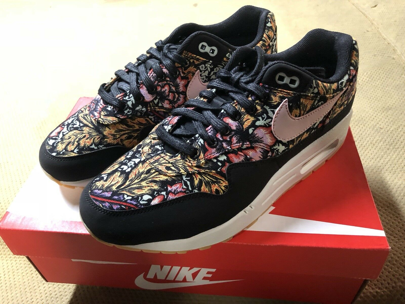 Nike Air Max 1 QS Spring Mix Womens Sz 10 SOLD OUT IN STORES!! IN HAND RTS!!