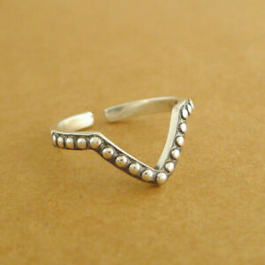 Solid-925-Sterling-Silver-Oxidized-Triangle-Wishbone-Bead-Ball-Stacking-Ring