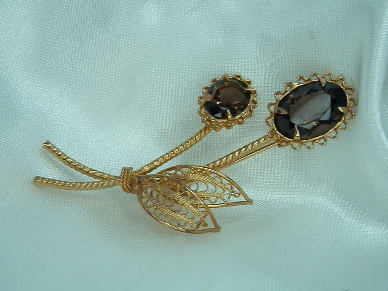 Beautiful smokey vintage brooch