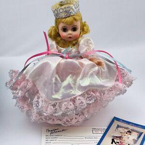 Madame-Alexander-Wizard-of-Oz-Glinda-the-Good-Witch-473-8-034-Original-Box-Stands