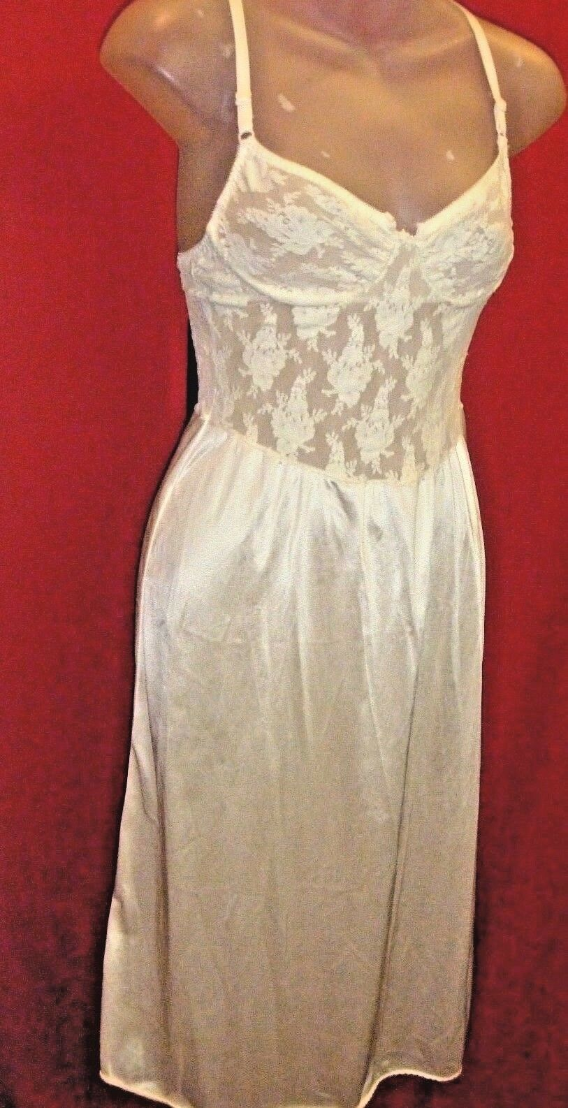 CHRISTIAN DIOR VINTAGE 70's Ivory pink Lace and satin Slip Dress Sz Small
