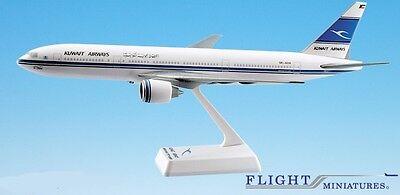 Kuwait 777-200 Airplane Miniature Model Plastic Snap-Fit 1:200