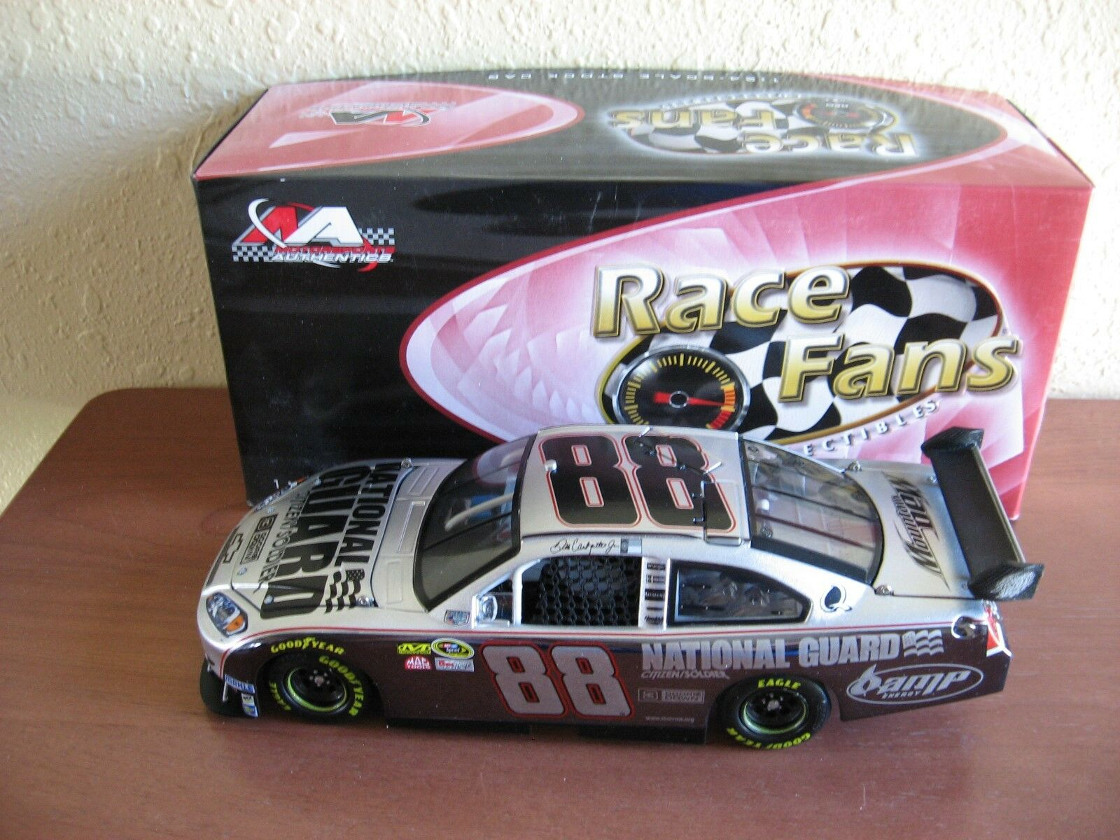 2008 Dale Earnhardt Jr National Guard   3 Doors Down color Chrome 1 24