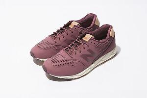NEW BALANCE WOMEN CLASSICS WRT96TNC BURGUNDY RETRO Lifestyles Sneakers 5 - 9