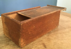 ANTIQUE PRIMITIVE EARLY AMERICANA SLIDE TOP DOVETAIL JOINT CANDLE BOX CLEAN NICE
