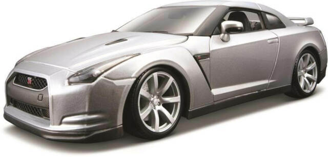 NEW Bburago 2009 Nissan GT-R from Mr Toys