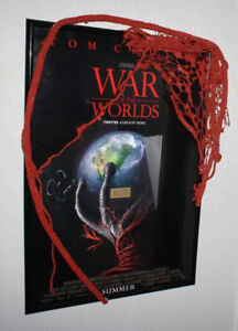 WOW-War-of-the-Worlds-Prop-Alien-Signed-TOM-CRUISE-SPIELBERG-POSTER-DVD-COA
