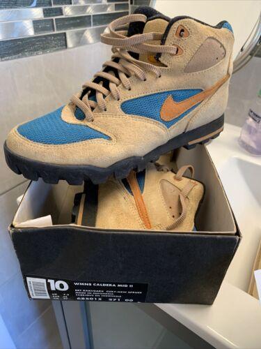 Nike Caldera Womens Boots Hiking Trail Vintage Sue