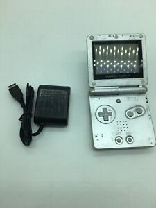 Nintendo-Game-Boy-Advance-SP-Silver-Handheld-System-Model-AGS-001-W-Charger
