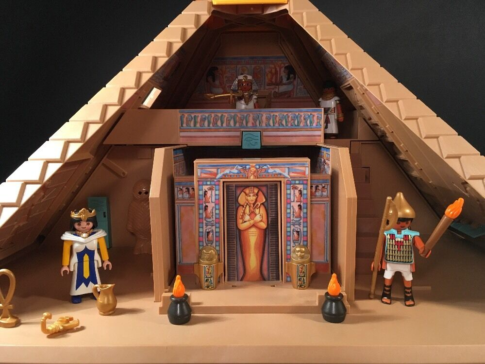 Playmobil Egyptian Pyramid Play Set  4240 - 98% Complete  see Photos