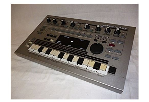 roland mc 303 groovebox synthesizer drum machine sequencer power ac100v for sale online ebay. Black Bedroom Furniture Sets. Home Design Ideas