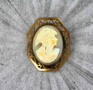 Vintage-Antique-Shell-Cameo-in-14Kt-gold-filled-Metal-Pin-1940s