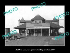 OLD-LARGE-HISTORIC-PHOTO-OF-LE-MARS-IOWA-THE-RAILROAD-DEPOT-STATION-c1900