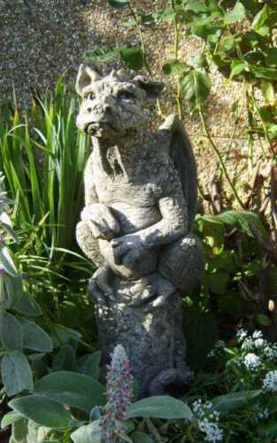 "Gartendeko Figur Skulptur Drache /""Ambrose/""  Pheeberts by Fiona Scott Steinguss"