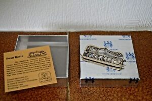 Vintage-H-amp-H-Hand-amp-Hammer-de-Matteo-sterling-silver-swan-boat-brooch