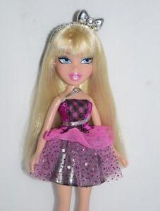 Bratz-Funk-n-Glow-Cloe-Barbie-Puppe