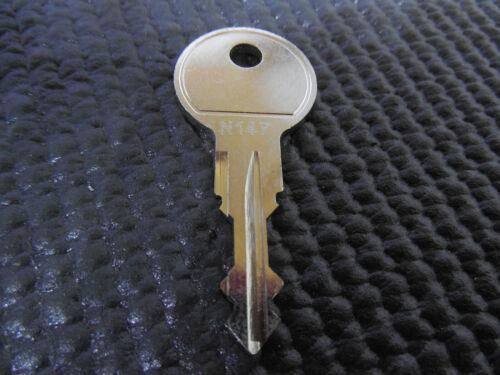 Ersatzschlüssel THULE N147 Schlüssel Dachbox Dachkoffer Fahrradträger
