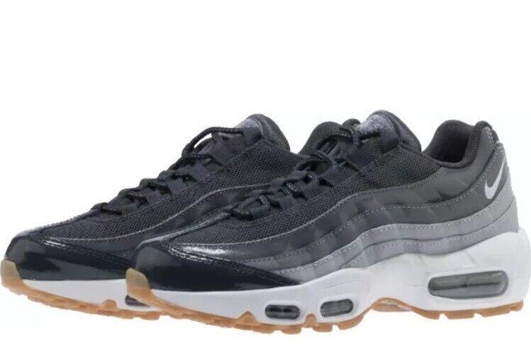 NWT  Wouomo Nike Air Max 95 Running scarpe - Oakland Raiders - 307960 -012 - SZ -11  grandi risparmi