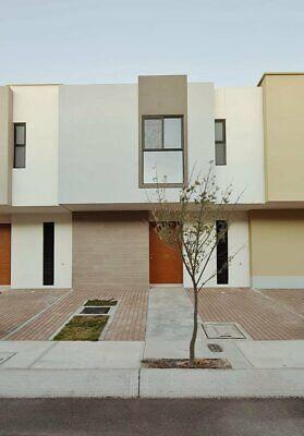 Hermosa casa nueva en venta en zakia
