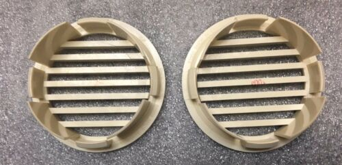 """1 Pair BEIGE RV Marine Boat 3/"""" Curved Face Air Flow Vent Easy Snap On"""