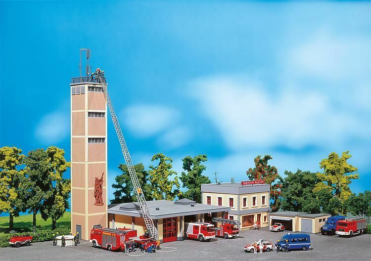 Faller ho 130989 moderna estación de bomberos mercancía nueva Kit