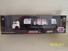 New 1965 Ford Econoline Falcon Van 1970 C950 Thumpr M2 Auto-Haulers Die Cast Set