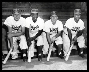 1949-Brooklyn-Dodgers-Photo-8X10-Robinson-Reese-Campanella-Hodges