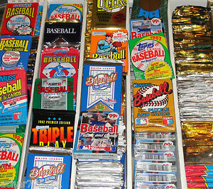 HUGE-Lot-of-100-Unopened-Old-Vintage-Baseball-Cards-in-Wax-Cello-Rack-Packs