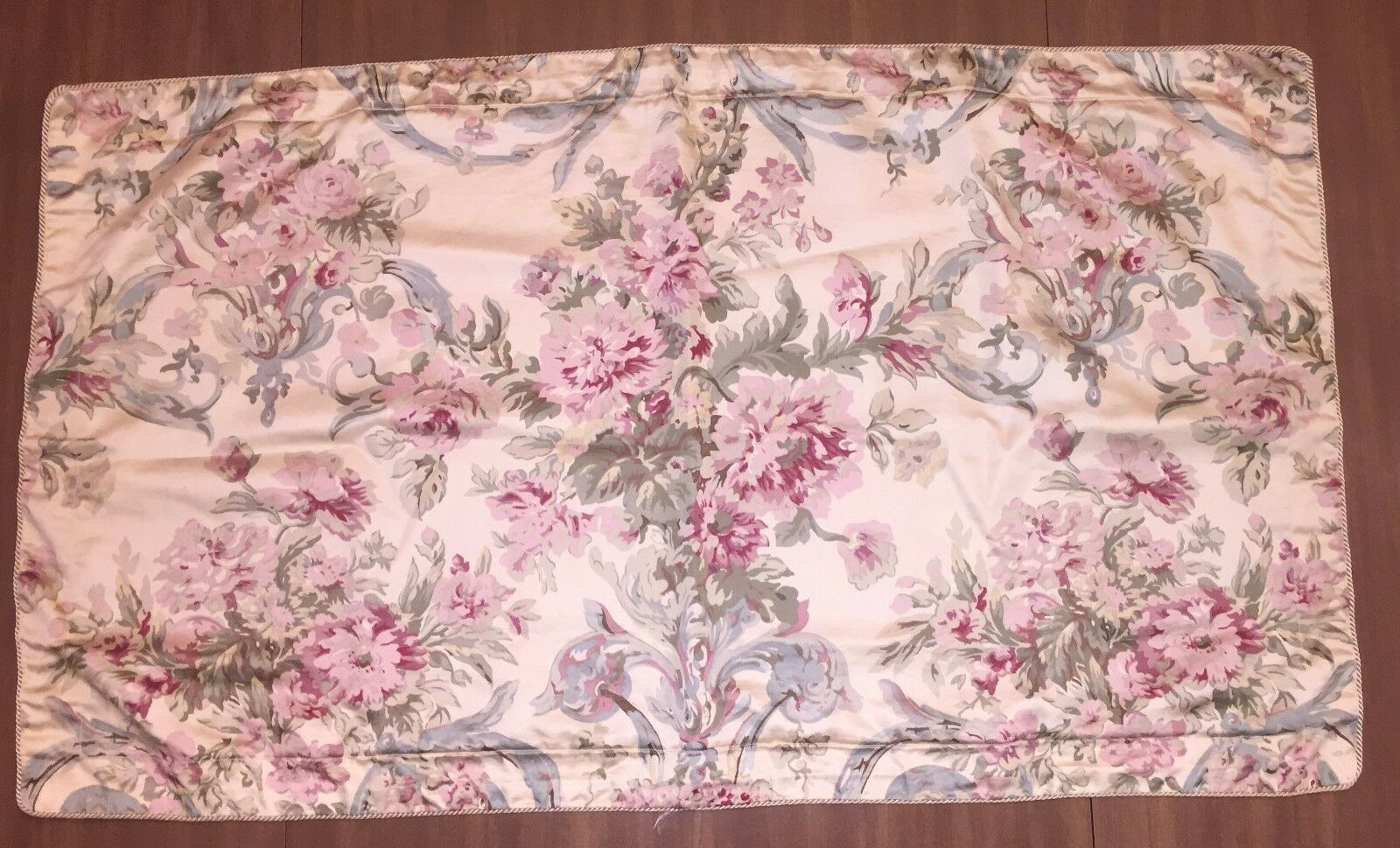 2 CHAPS by RALPH LAUREN WESTBURY King Size Pillow Shams 39x22 Floral gold bluee