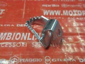 PIEDINO LEVA FRENO Posteriore Aprilia dorsoduro 1200 ANNO 2011 851049 Originale