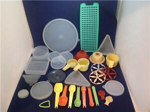 Tupperware-Replacements-Pieces-Lids-Containers-Mixer-Cups-Vintage-amp-NEW