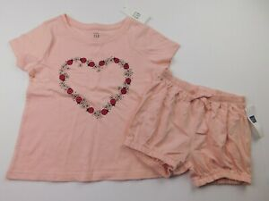 NWT-Gap-Toddler-Girl-039-s-2-Pc-Outfit-T-Shirt-Bubble-Shorts-Ladybugs-4-Yr-MSRP-30