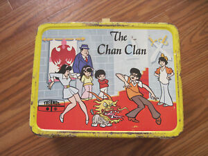 The-Chan-Clan-Hanna-Barbera-Vintage-Metal-Lunchbox-with-Thermos-1973