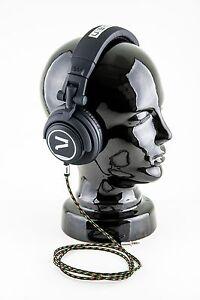 7even-Aux-3-5mm-Mini-Klinken-und-Kopfhoerer-Textil-Kabel-Reggae-Rasta