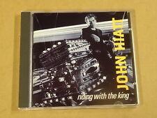 CD / JOHN HIATT - RIDING WITH THE KING