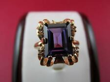 Unique Vintage Retro 10k Solid Yellow Gold Purple Sapphire Ring
