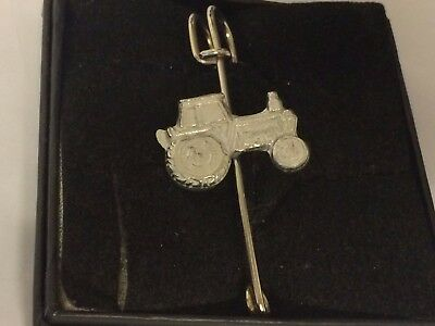 "Tractor Gt160 Pewter Scarf And Kilt Pin Pewter 3"" 7.5 Cm Price Remains Stable Brooches & Pins Costume Jewellery"