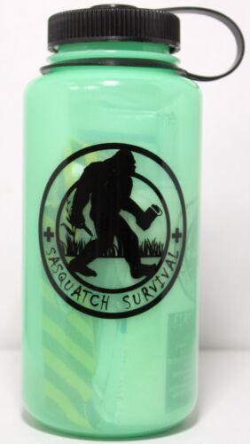 Sasquatch survie Nalgene survie Bouteille /& Kit Premiers Soins Glow in the Dark