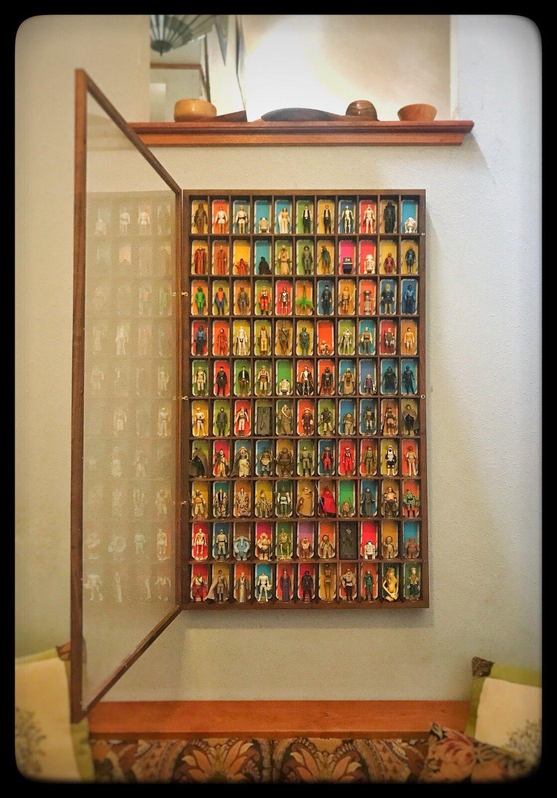 Handmade Walnut wall display cabinet for vintage Star Wars Wars Wars figures 453b8e
