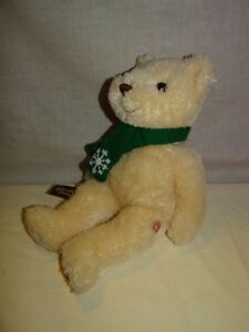 Original-Exclusive-Cheesecake-Factory-BEAR-WITH-Green-SCARF-plush-stuffed-14-034