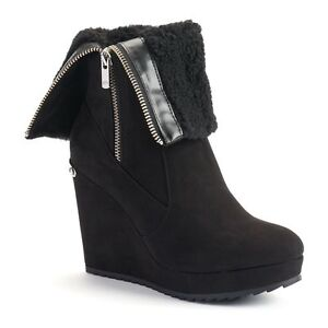 $89 NWT Womens Juicy Couture Fold-Over Platform Wedge Kasia Boots Onix