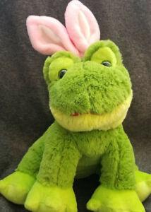 Dan-Dee-Green-Frog-Wearing-Pink-Bunny-Rabbit-Ears-stuffed-plush-14-034