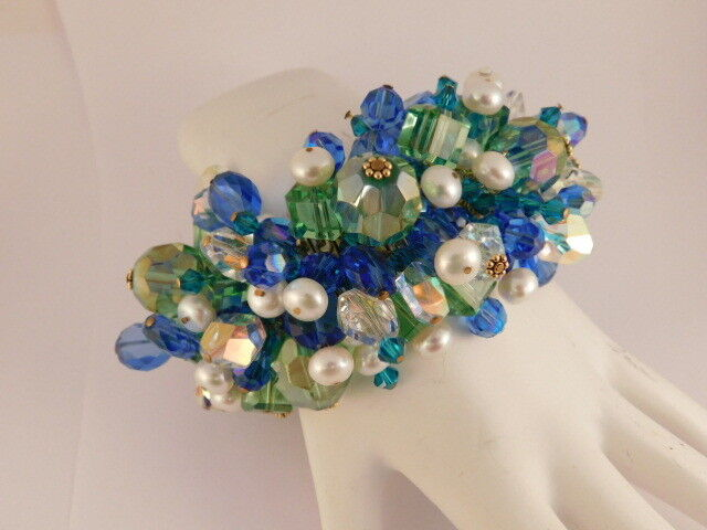 blueE GREEN CRYSTAL PEARL gold TONE STRETCH BRACELET STATEMENT